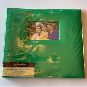 NWOT green scrapbook album